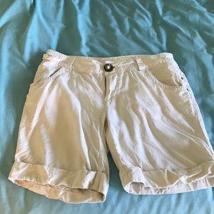 Da-Nang white shorts M